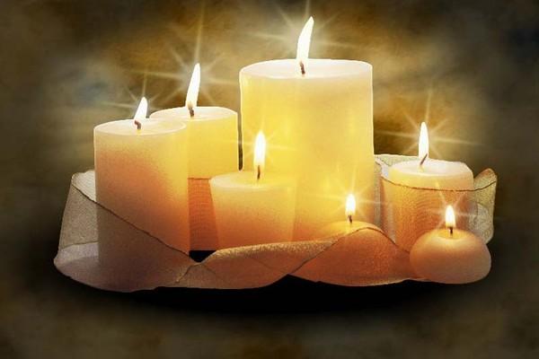 Bougies pour tous ceux qui souffrent